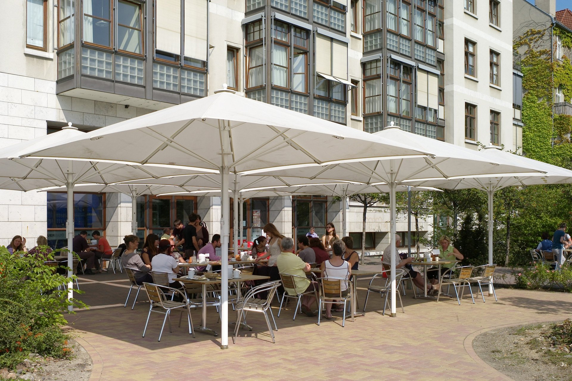 Mauercafé Berliner Mauer Terrasse